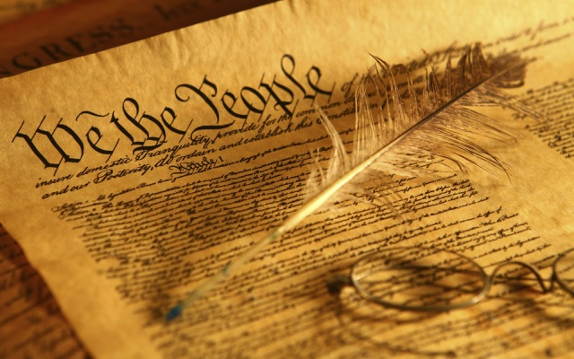 """compare and contrast """"declaration of independence"""""""